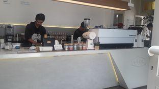 Foto 6 - Interior di Work Coffee oleh Nadia Indo