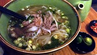 Foto 2 - Makanan di NamNam Noodle Bar oleh Esther Lie