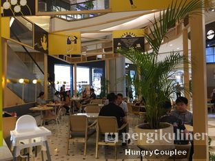 Foto 6 - Interior di Social Affair Coffee & Baked House oleh Hungry Couplee
