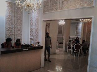 Foto 2 - Interior di Ali Baba Middle East Resto & Grill oleh angga surya