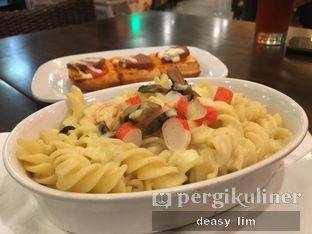 Foto 3 - Makanan di Pizza Hut oleh Deasy Lim