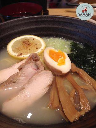 Foto 2 - Makanan(Yuzu Ramen) di Sushi Tei oleh awakmutukangmakan