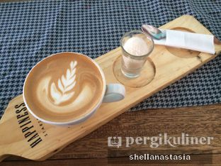 Foto 18 - Makanan(Hot Cappuccino) di Happiness Kitchen & Coffee oleh Shella Anastasia