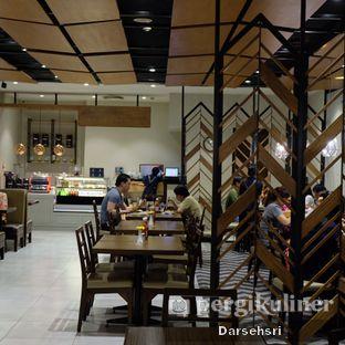 Foto 16 - Interior di Glosis oleh Darsehsri Handayani