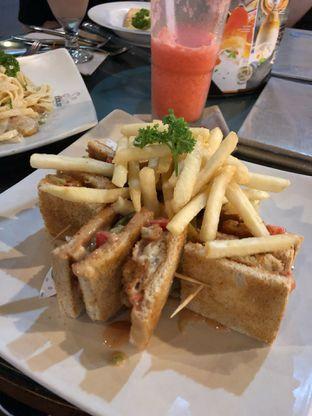Foto 1 - Makanan di de' Excelso oleh Mitha Komala