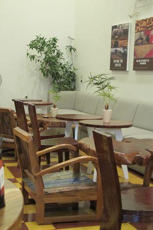 Foto 5 - Interior di Gedogan Coffee House oleh Kuliner Addict Bandung
