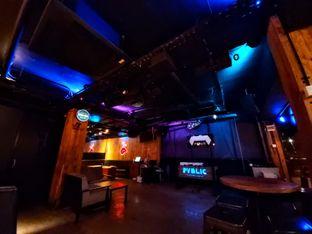 Foto 5 - Interior di Pvblic Bistro and Bar oleh Carolin Lim