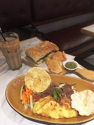 Foto 22 - Makanan di The Goods Cafe oleh Prido ZH