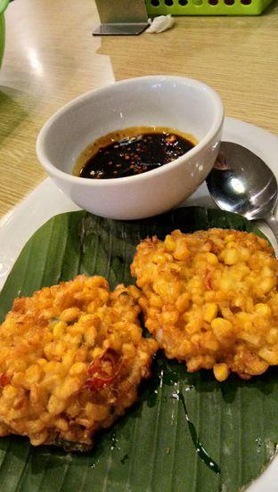 Foto 6 - Makanan(Bakwan Udang) di Pan & Flip oleh Komentator Isenk