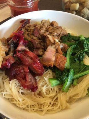 Foto 3 - Makanan di Nasi Campur Ko Aan oleh Yuni