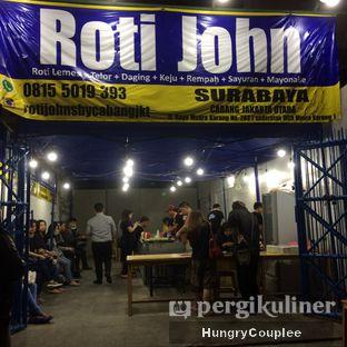 Foto 2 - Eksterior di Roti John oleh Hungry Couplee