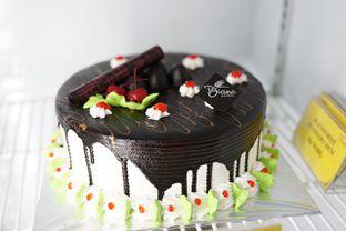 Foto - Makanan(Kue ulang tahunnya murah tapi enak bangetttt) di Diana Bakery oleh Diondy Kusuma