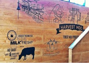 Foto 4 - Interior di Harvest Moo oleh Astrid Huang | @biteandbrew