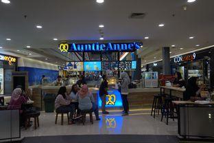 Foto 11 - Interior di Auntie Anne's oleh yudistira ishak abrar