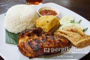 Foto 1 - Makanan(Paket Ayam Bakar Komplit) di Ayam Bakar Kambal oleh Asharee Widodo
