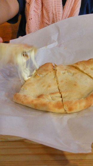 Foto 3 - Makanan(Sensasi Menarik Mozarella) di Panties Pizza oleh Fadhlur Rohman