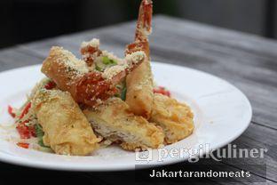 Foto review Tre Monti Sky Lounge - Agria Hotel oleh Jakartarandomeats 2