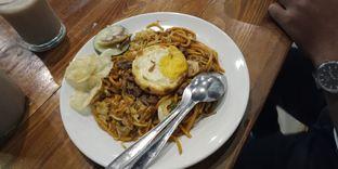 Foto review Pak Cik Abin oleh achmad yusuf 3
