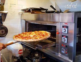 Foto review Pizza Place oleh Stanzazone  2