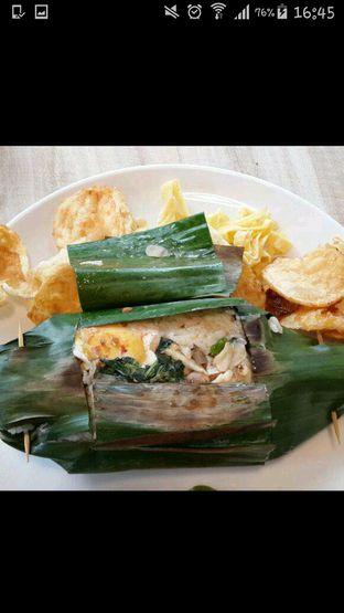 Foto 1 - Makanan di Pentabear Kopitime oleh Olivia
