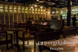Foto 2 - Interior di Kaffeine oleh Tissa Kemala