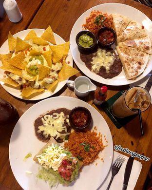 Foto 6 - Makanan di Amigos Bar & Cantina oleh FOODIARYPAOPAO