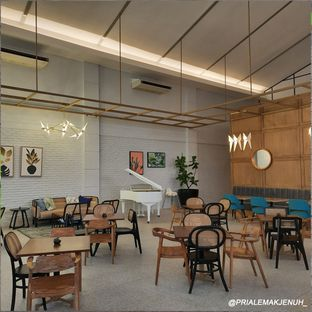 Foto 7 - Interior di Divani's Boulangerie & Cafe oleh Pria Lemak Jenuh
