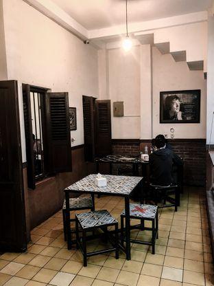 Foto 1 - Interior di Warung Kopi Purnama oleh deasy foodie