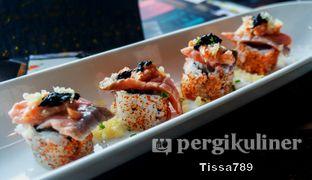 Foto 6 - Makanan(Aburi Salmon ) di Enmaru oleh Tissa Kemala