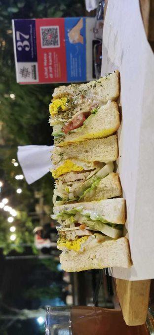 Foto - Makanan(Deluxe sandwich) di Joybox Warung Millenial oleh Lia Geraldine