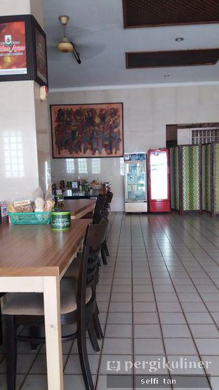 Foto 4 - Interior di RM Adem Ayem oleh Selfi Tan