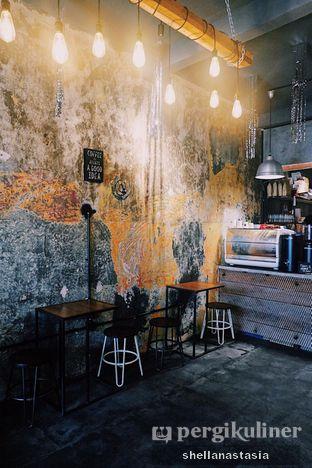 Foto 2 - Interior di Kopi + Susu oleh Shella Anastasia