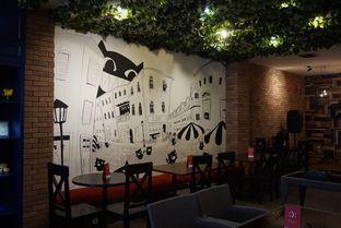 Foto 16 - Interior di Cyrano Cafe oleh yudistira ishak abrar