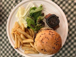 Foto 1 - Makanan di Brassery oleh Cindy YL