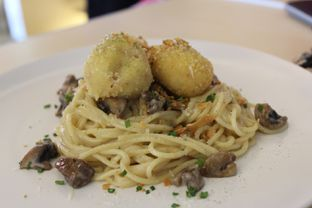 Foto 8 - Makanan(Garlic Spagetti) di Turning Point Coffee oleh Komentator Isenk