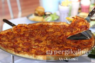 Foto 6 - Makanan di Papa Ron's Pizza oleh UrsAndNic