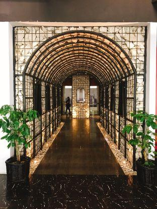 Foto 7 - Interior di Scenic 180° (Restaurant, Bar & Lounge) oleh Astrid Huang | @biteandbrew