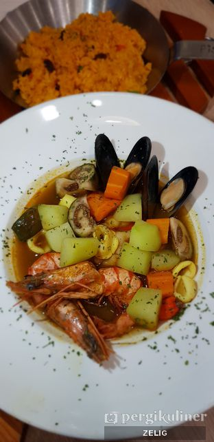Foto 4 - Makanan di Fish & Co. oleh @teddyzelig