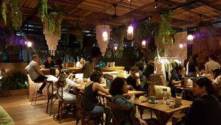 Foto 5 - Interior di Six Ounces Coffee oleh Lid wen