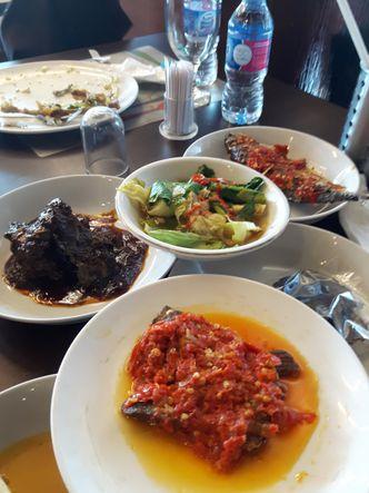 Foto Makanan di Pagi Sore
