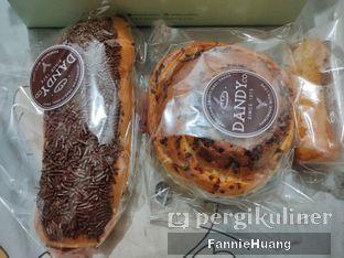 Foto 2 - Makanan di Dandy Bakery oleh Fannie Huang||@fannie599