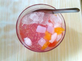 Foto 2 - Makanan(Es Jelly (IDR 17K)) di Bakmie BBT oleh Renodaneswara @caesarinodswr