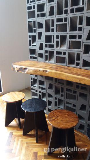 Foto 9 - Interior di Crematology Coffee Roasters oleh Selfi Tan