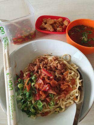 Foto 2 - Makanan di Bakmi Medan Kebon Jahe oleh Louis Edward