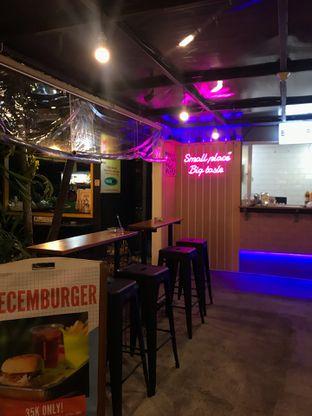 Foto 7 - Interior di Burger Plan oleh @makankudiary (by tamy)