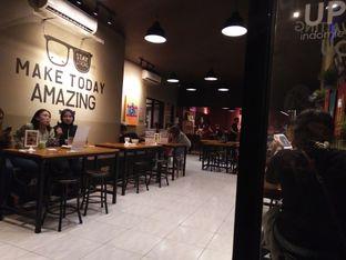 Foto 5 - Interior di Warunk UpNormal oleh zelda