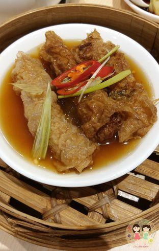 Foto 7 - Makanan(Lumpia ayam saus tiram) di Imperial Kitchen & Dimsum oleh Jenny (@cici.adek.kuliner)