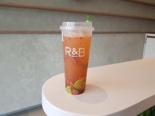 Foto review R&B Tea oleh D L 2