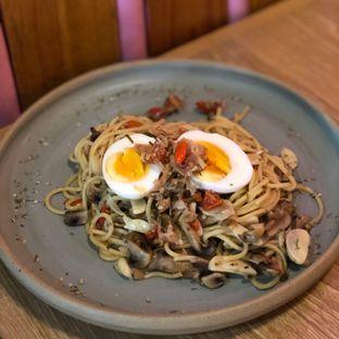 Foto 1 - Makanan di ROMANSA oleh feedthecat