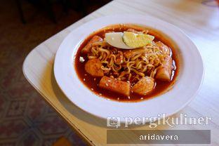 Foto 2 - Makanan(rabokki) di Chingu Korean Fan Cafe oleh Vera Arida